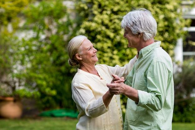 Couple, Danse, Yard Photo Premium