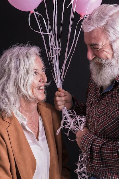 Couple De Personnes âgées Photo gratuit
