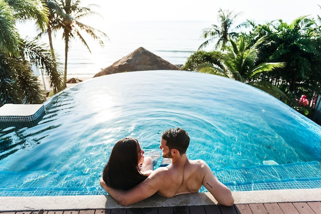 Un couple en vacances Photo Premium