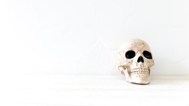 Crâne effrayant pour halloween Photo gratuit