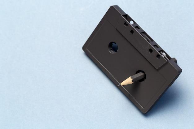 Crayon pour rembobiner les cassettes Photo Premium