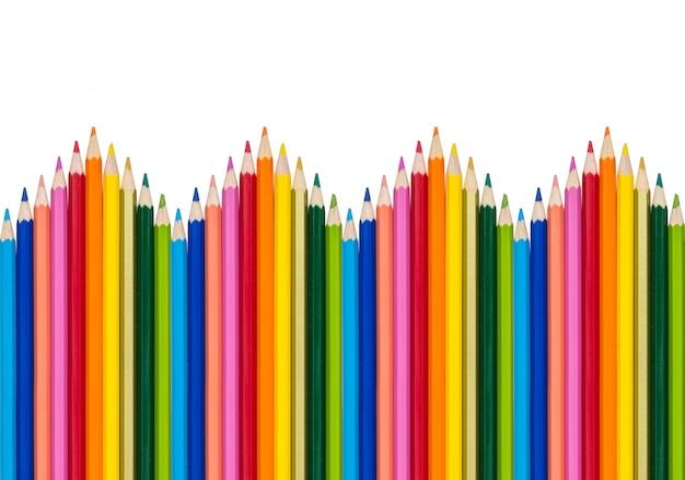 Crayons de couleur isolés sur fond blanc Photo Premium
