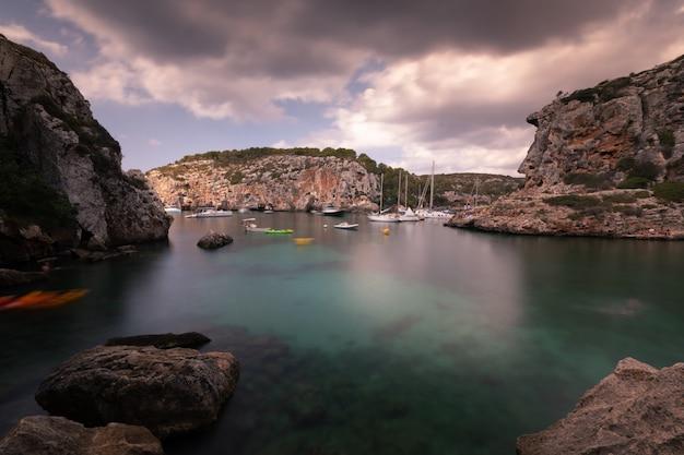 Crique De L'île De Minorque, En Espagne. Photo Premium