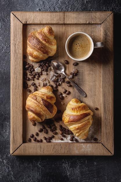 Croissants frais Photo Premium