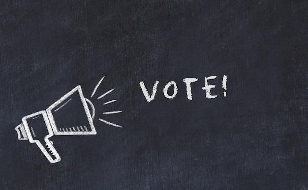 Croquis de tableau craie avec haut-parleur et vote de phrase Photo Premium