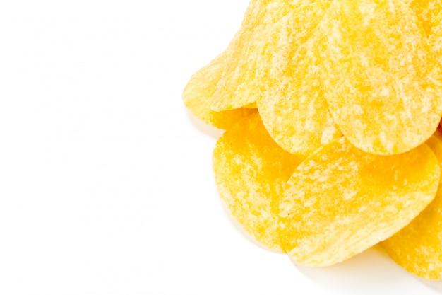Croustilles jaunes isolés on white Photo Premium