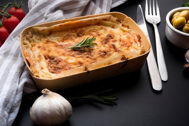 Cuisine italienne et ingrédient Photo gratuit