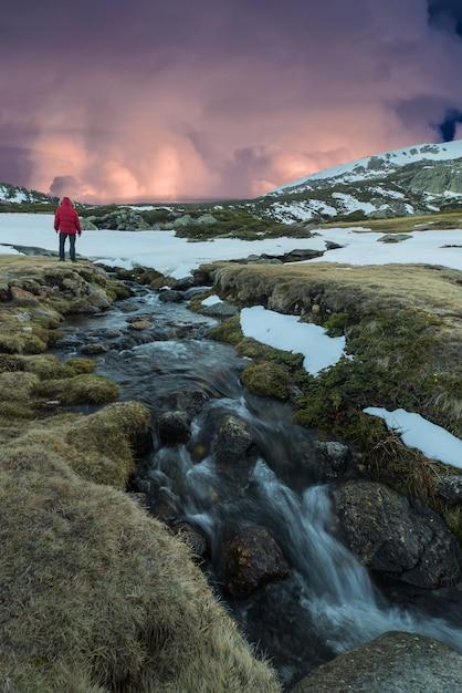 Dans les montagnes Photo Premium