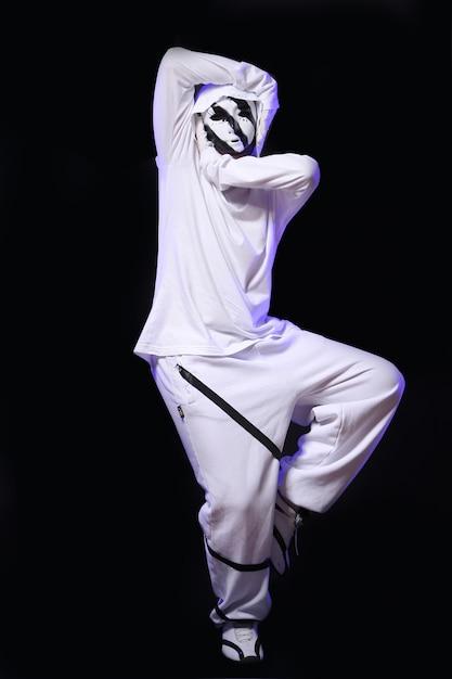Danseur De Hip Hop En Studio Photo gratuit