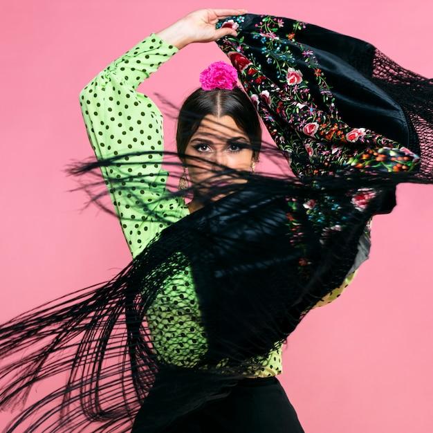 Danseuse De Flamenco En Mouvement, Manille Châle Photo gratuit