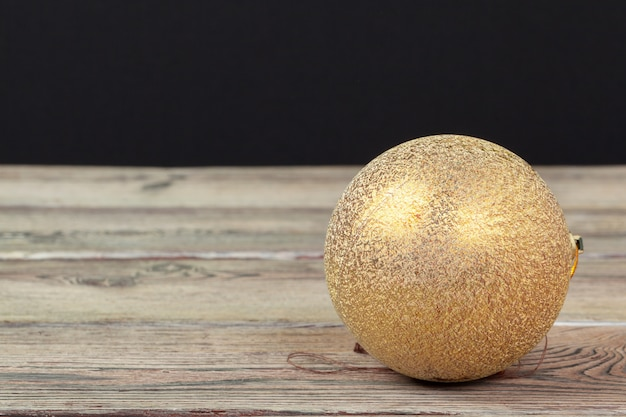 Décoration de noël sur table en bois Photo Premium