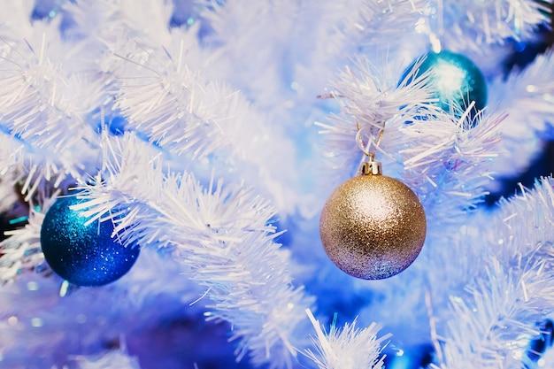 Décorations D'arbre De Noël Nouvel An Photo Premium