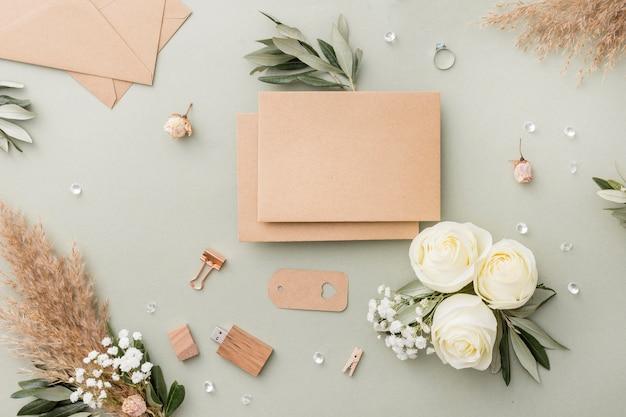 Décorations élégantes Sur Table Photo gratuit