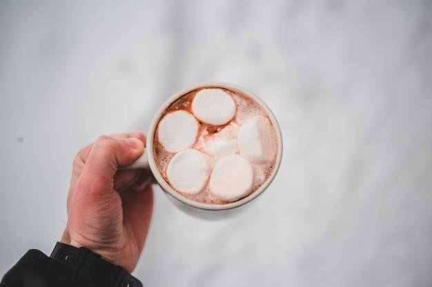 Délicieuse Tasse De Chocolat Photo gratuit