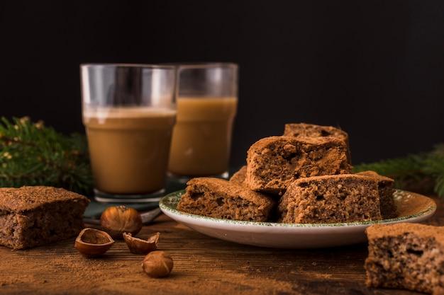Délicieux Brownies Au Chocolat Et Châtaignes Photo gratuit