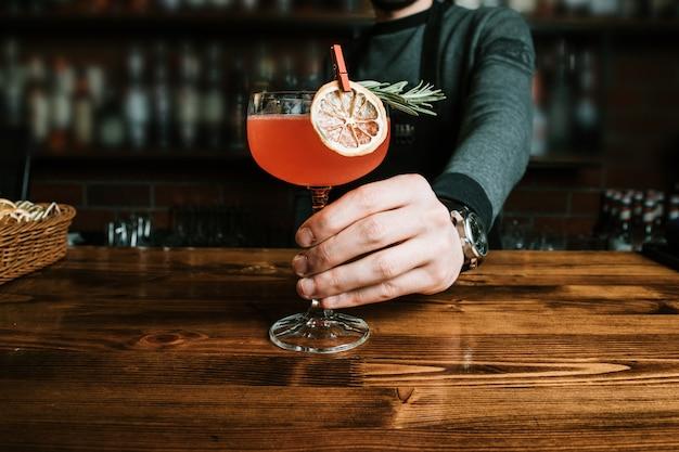 Délicieux Cocktail Exotique Photo gratuit