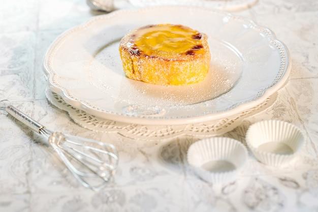 Délicieux gâteau roulé du portugal Photo Premium
