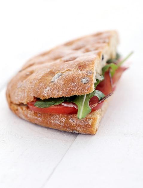 Délicieux sandwich Photo gratuit