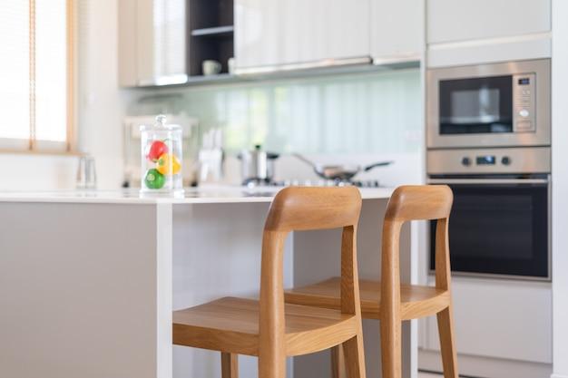 Design D'intérieur Dans La Maison De Villa Maison Condo Et Appartement Avec Bar De Comptoir De Cuisine Photo Premium