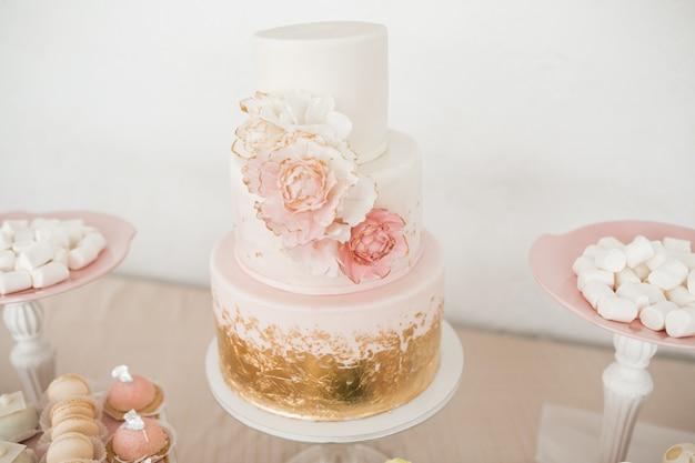 Desserts de table de mariage Photo gratuit
