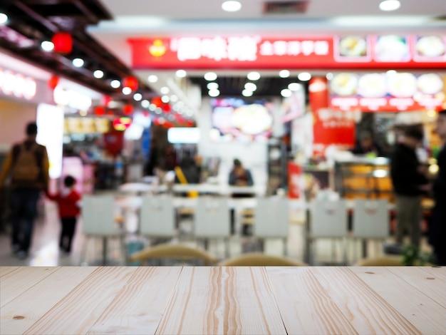 Dessus De Table En Bois Sur Le Restaurant De Nouilles Chinoises Flou Fond. Photo Premium