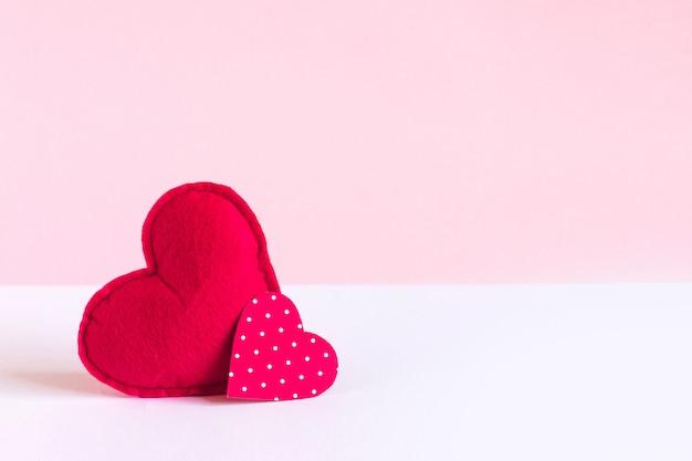 Deux coeurs rouges Photo Premium