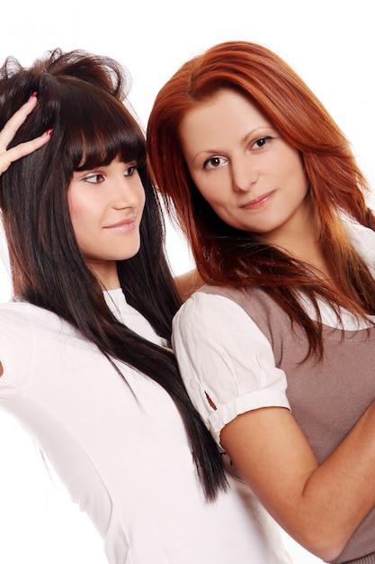 Deux jeunes et belles soeurs Photo gratuit