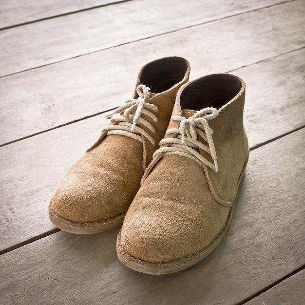 Deux laçage objet vêtements de pied Photo gratuit