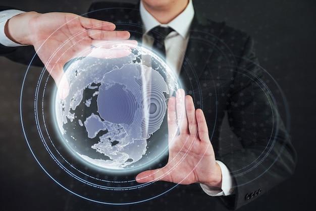 Développement de logiciels et utilisation de divers systèmes d'encodage en phase d'intégration système. Photo Premium