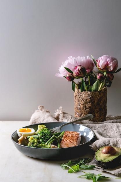 Dîner de régime cétogène Photo Premium