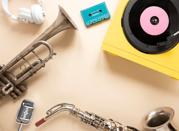 Disposition Des éléments Radio à Plat Photo gratuit