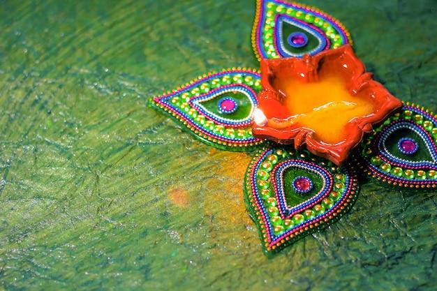 Diwali festival indien, lampe diwali Photo Premium