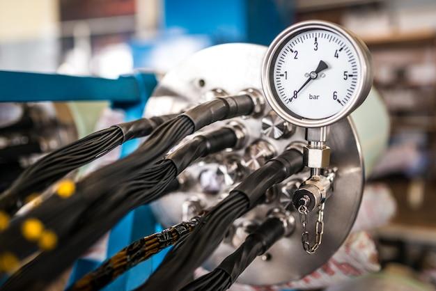 Dix Industriel Avec Un Régulateur De Température Photo Premium