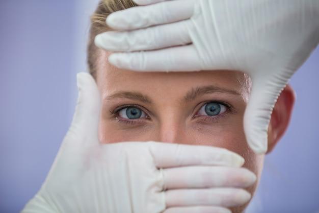 Docteur, Examiner, Patientes, Figure, Traitement Cosmétique Photo gratuit