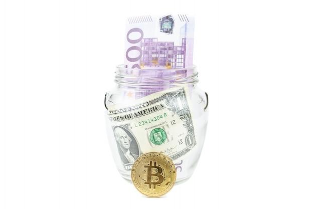 Dollar et bitcoin fond blanc Photo Premium