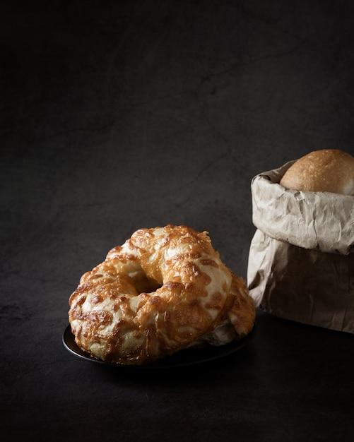 Donut ou bagel maison Photo gratuit