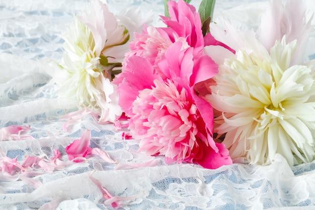Double Pivoines Rose Clair Photo Premium