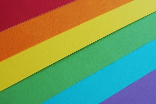 Drapeau arc-en-ciel de la communauté lgbt en papier aquarelle multicolore Photo Premium
