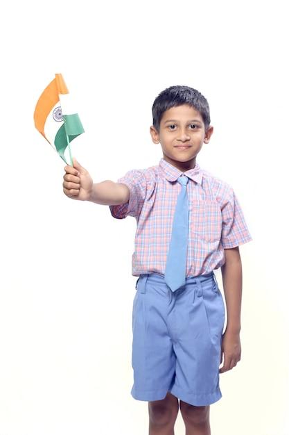 Drapeau Indien Dans La Main De L'enfant Photo Premium