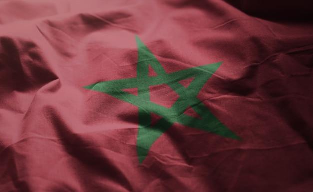 Le drapeau marocain est froissé de près Photo Premium