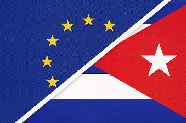 Drapeau National Union Européenne Ou Ue Vs République De Cuba Photo Premium