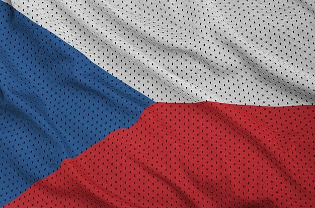 Drapeau De La République Tchèque Imprimé Sur Une Maille De Vêtements De Sport En Nylon Et Polyester Photo Premium