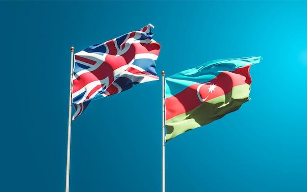 Drapeaux Des états Nationaux Du Royaume-uni Et De L'azerbaïdjan Ensemble Photo Premium