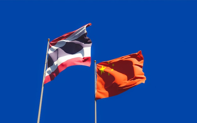 Drapeaux De La Thaïlande Et De La Chine. Illustration 3d Photo Premium