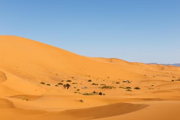 Dunes d'erg chebbi, maroc Photo Premium