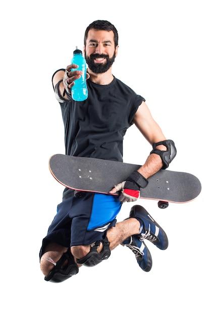Eau potable de patineuse Photo gratuit