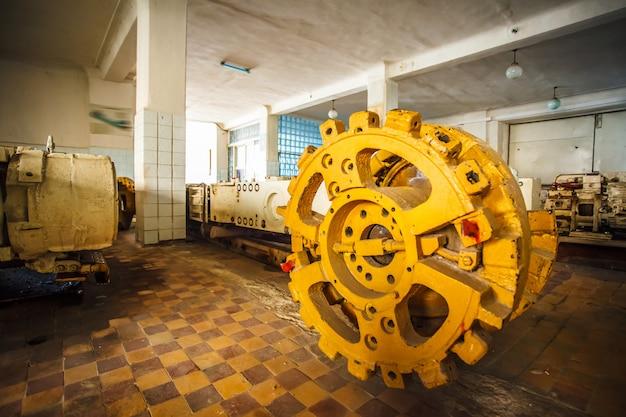 Échantillon D'équipement Pour Le Travail Dans La Mine De Charbon Photo Premium