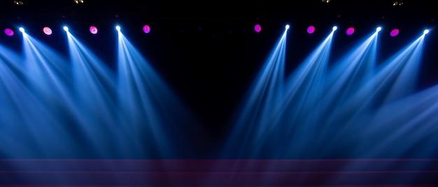 Eclairage de concert dans une salle de concert Photo Premium