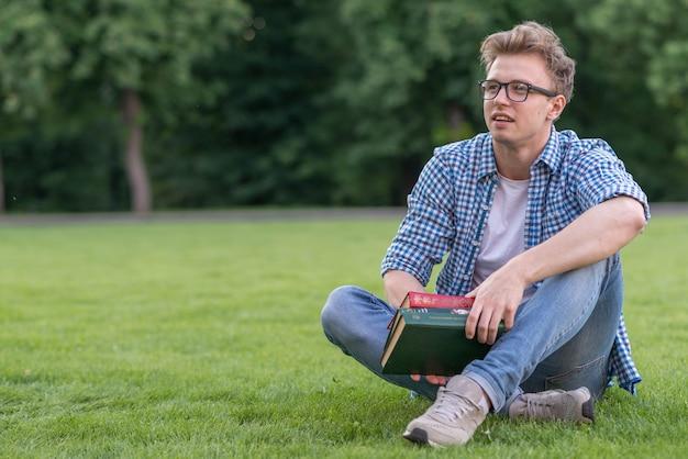 Écolier, livre, parc Photo gratuit