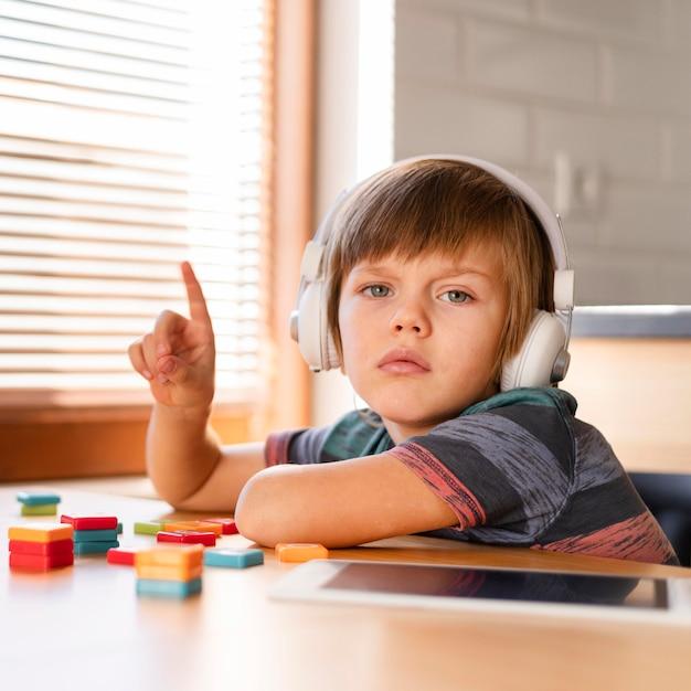 Écolier, Regarder Appareil-photo Photo gratuit